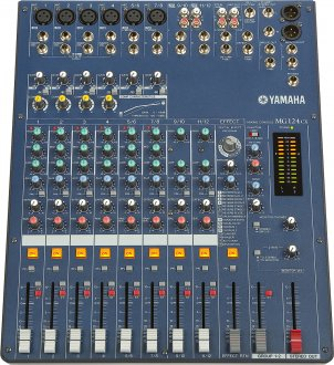Yamaha MG124CX Stereo Mixer with Effects
