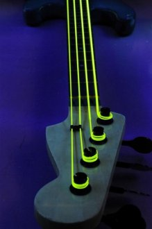DR Strings NEON HiDef Bass 5 Strings