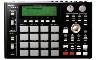 Akai MPC1000 Music Production Center